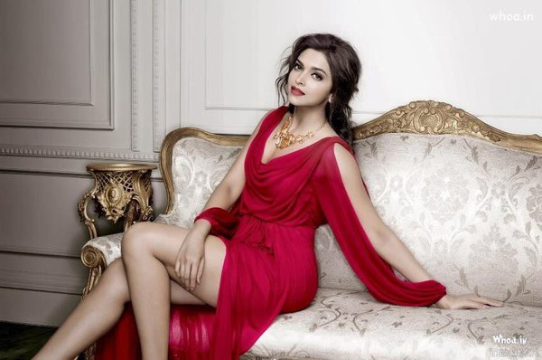 Deepika Hot Wllpapers Pictures