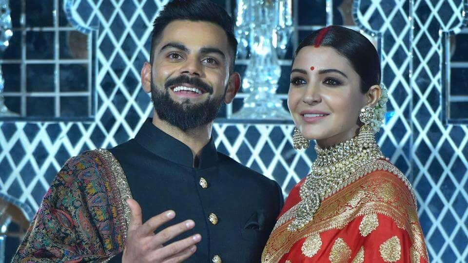 Indian cricket captain Virat Kohli and his actress wife Anushka Sharma (1)