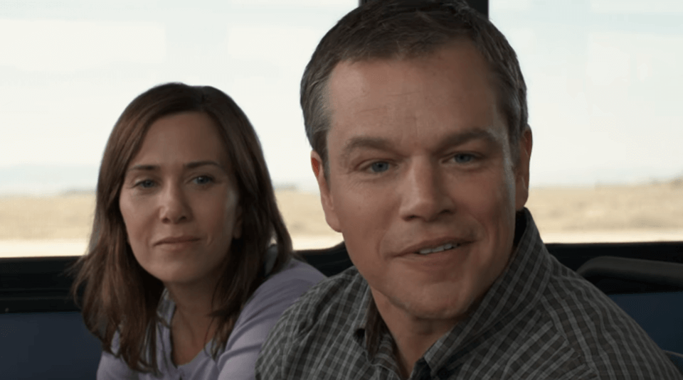 Matt Damon and Kristen Wiig in a still from Alexander Payne's Downsizing (1)
