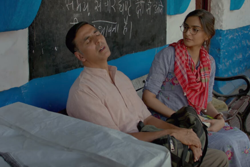 PadMan Movie (1)