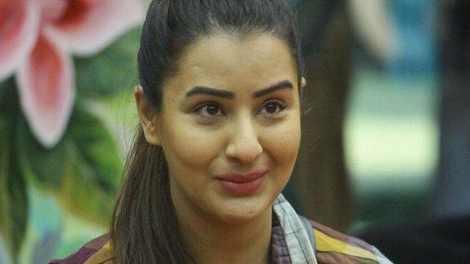Shilpa Shinde defeats Hina Khan in the finale (1)