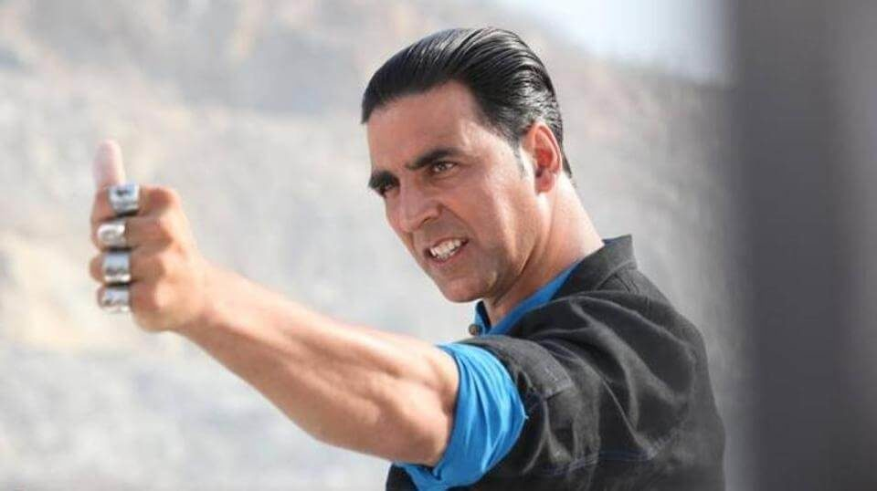 Akshay Kumar is probably the biggest superstar in Bollywood right now (1)