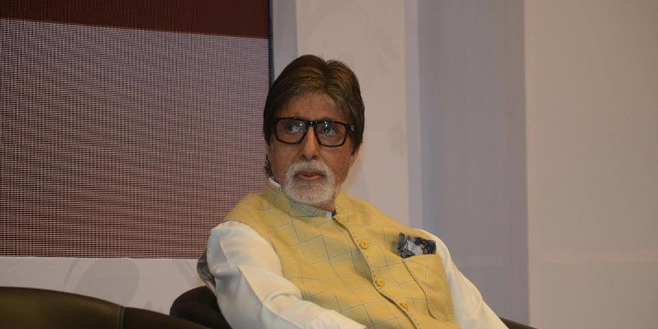Amitabh Bachchan has lost about 60,000 followers on Twitter (1)