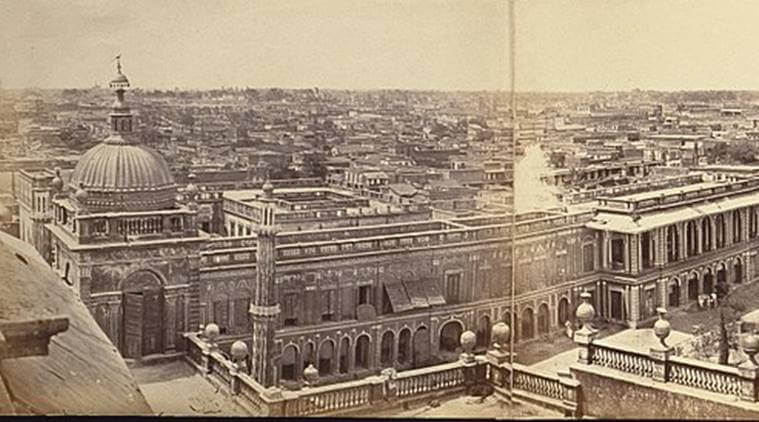 By the late eighteenth century Lucknow had emerged as the centre of a thriving Indo-Persian culture (1)