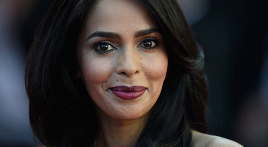 Mallika Sherawat Tweets For Help From Sushma Swaraj (1)
