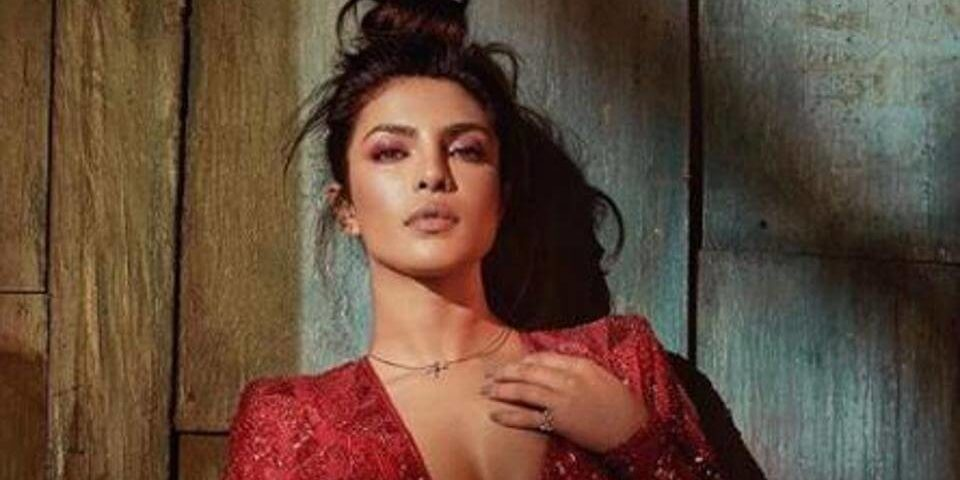 Priyanka Chopra looks sultry as she celebrates Valentine's Day (1)