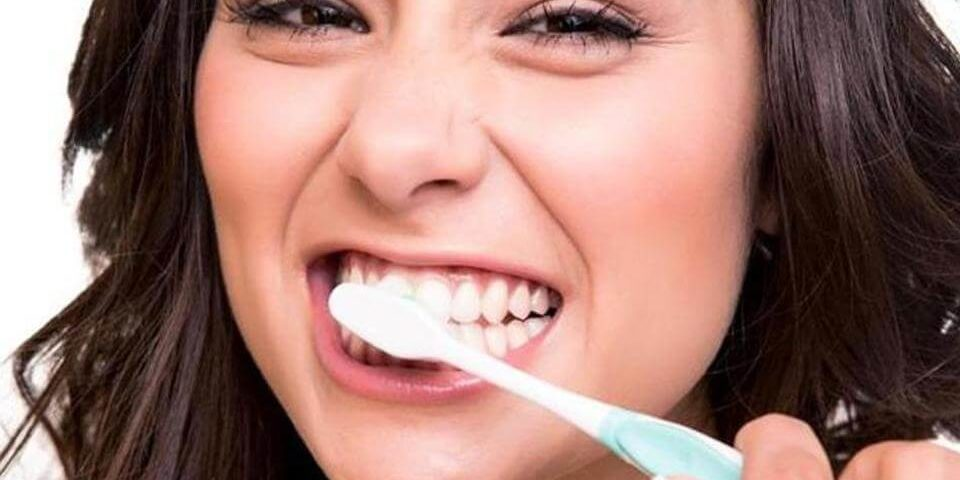 Just brushing your teeth with toothpaste that has triclosan won't help to treat lung infections though say researchers